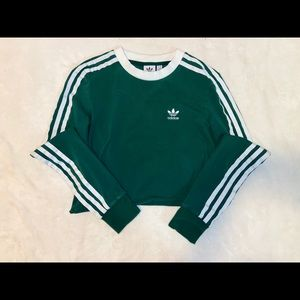 Adidas Cropped green sweatshirt trendy